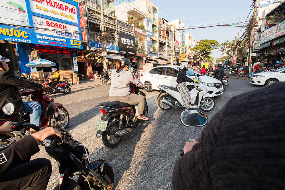 5 Traffic Rules We Learned in Vietnam & You Need to Know Them Too