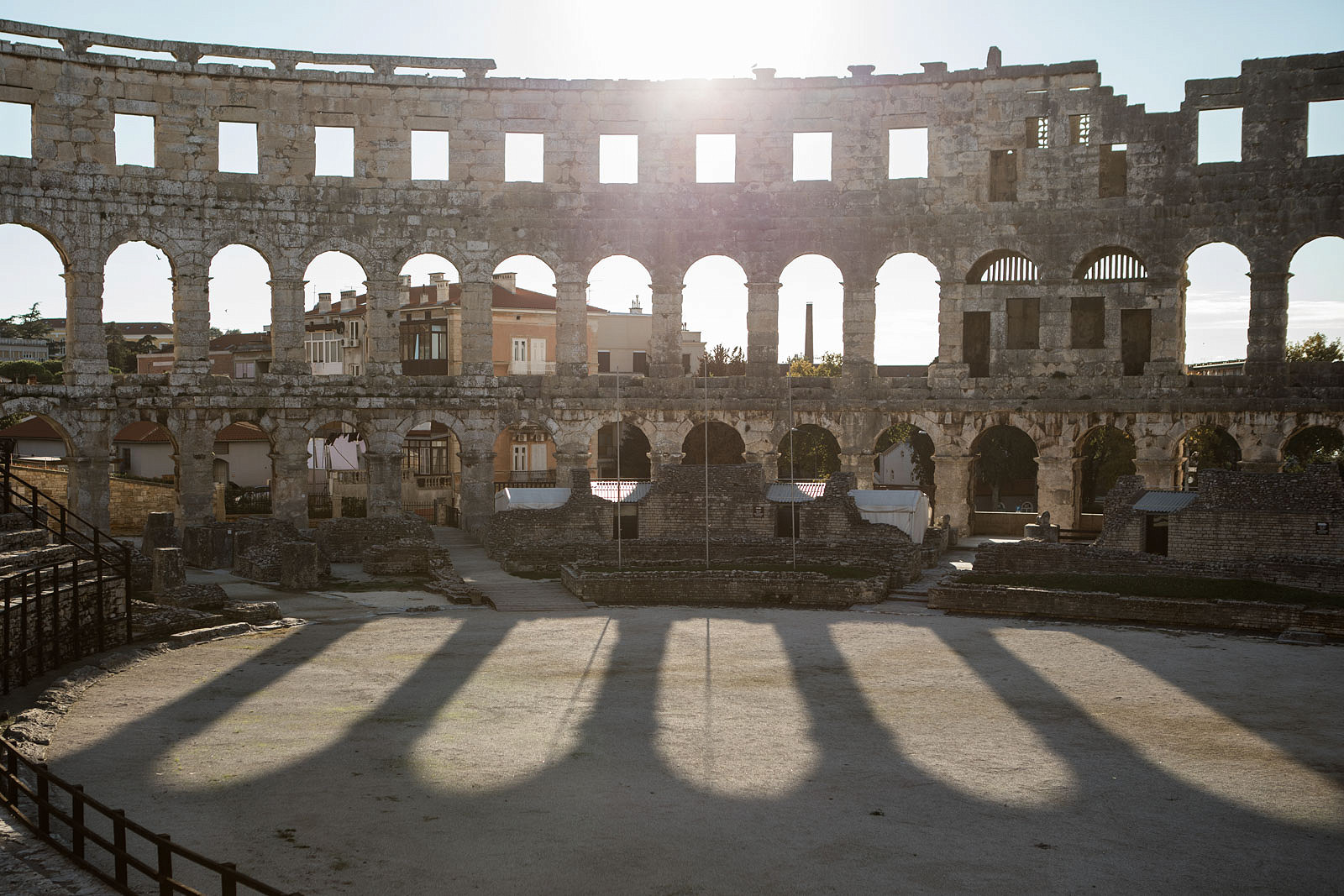 Visiting Pula - a Day Trip From Rovinj and Exploring the Roman Ruins